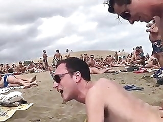 Beach Sex anal (gay) couple (gay)